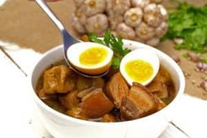อาหารไทยนิยม